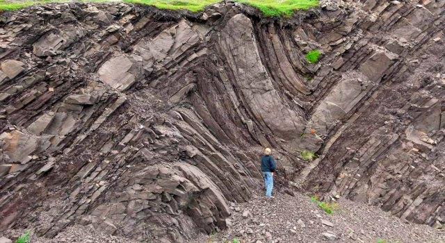 Mortensnes folds